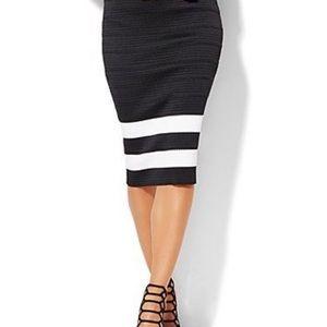NWT- NY&CO 7th Ave - Size L black bandage skirt
